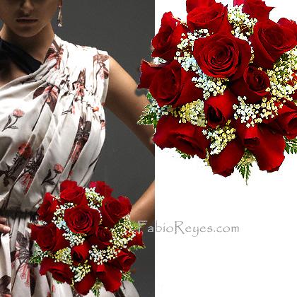 Ramo de novia rojo, redondo con rosas rojas y gipsophila